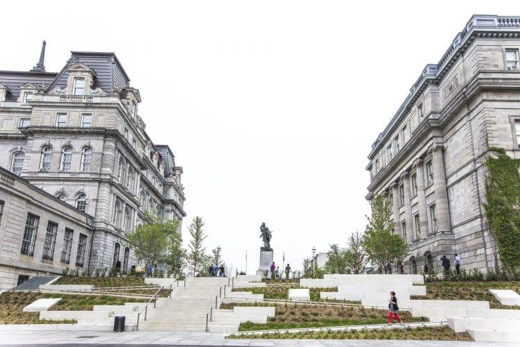Place Vauquelin, Montréal