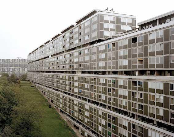 Cité satellite du Lignon, Vernier, Georges Addor, rénovation par Jaccaud Spicher Architectes Associés. Photo : JSAA