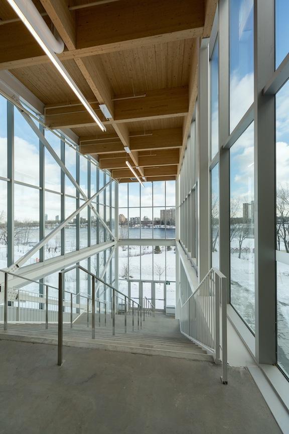 Auditorium de Verdun, Montréal, Les architectes FABG. Photo : Steve Montpetit