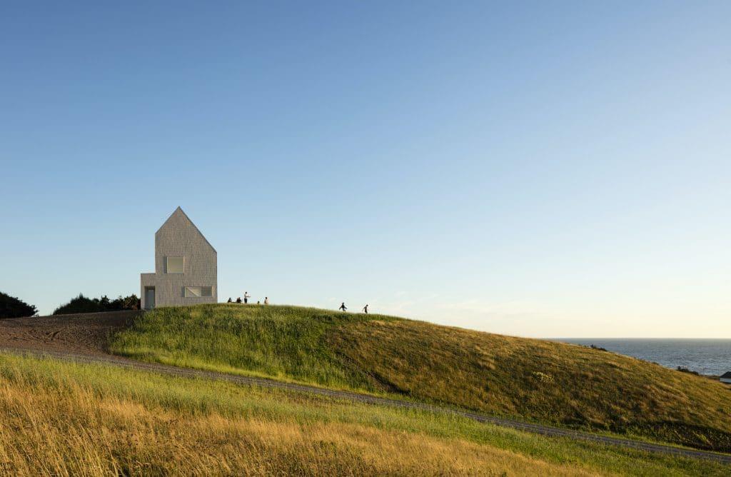 Les Rochers, Îles-de-la-Madeleine, la SHED architecture. Photo : Maxime Brouillet