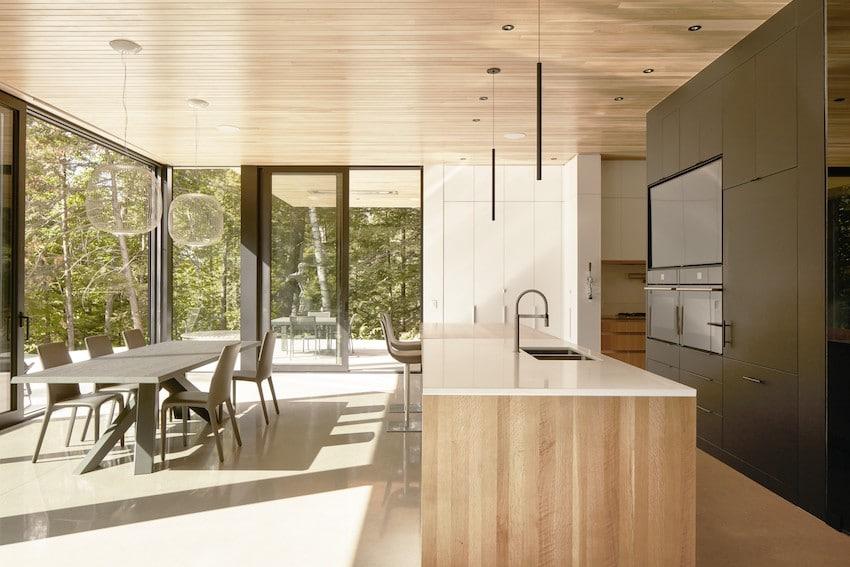 Les blocs de bois, Austin, Yiacouvakis Hamelin architectes_ yh2. Photo : Maxime Brouillet